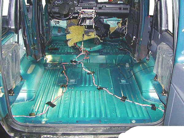 Шумо и виброизоляция автомобиля уаз